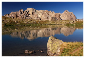 LAC ROND 2446 M.